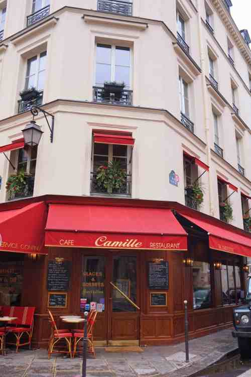 Paris walking guide la marais camille