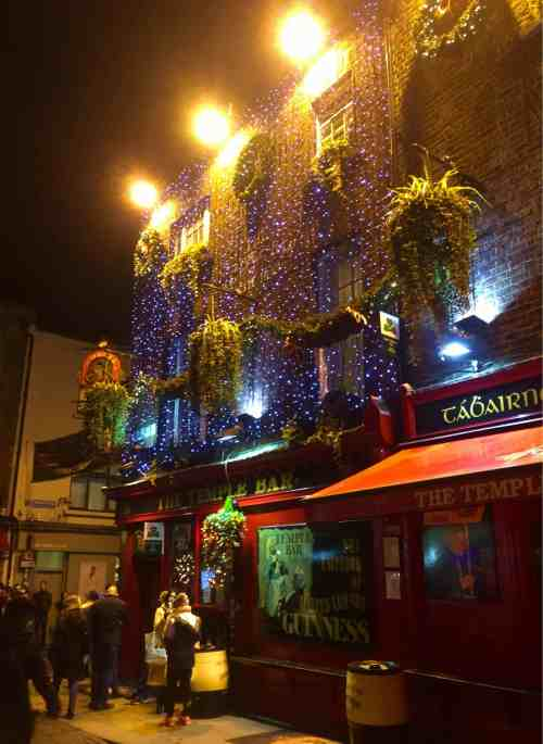 best pubs in Dublin for live music, The Temple Bar