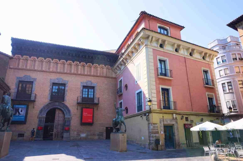 things to do in Zaragoza spain