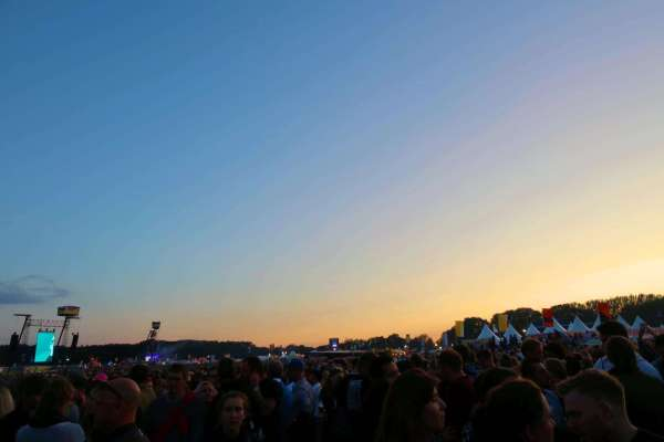 lollapalooza berlin foo fighers sunet