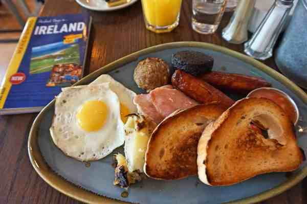 what to do in Limerick, The Buttery Full irish breakfast limerick