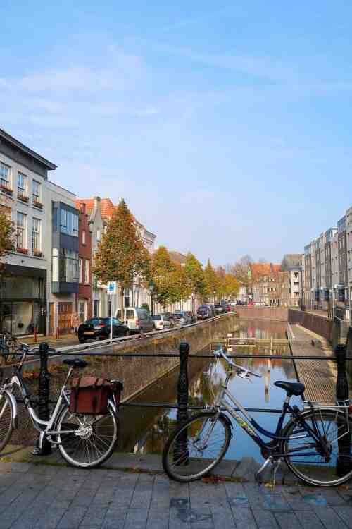 one day in Den Bosch, den bosch canal