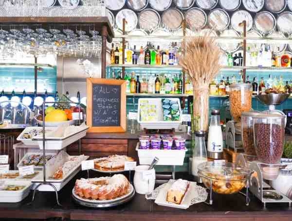 RomeHello Hostel Review, The RomeHello Hostel breakfast buffet