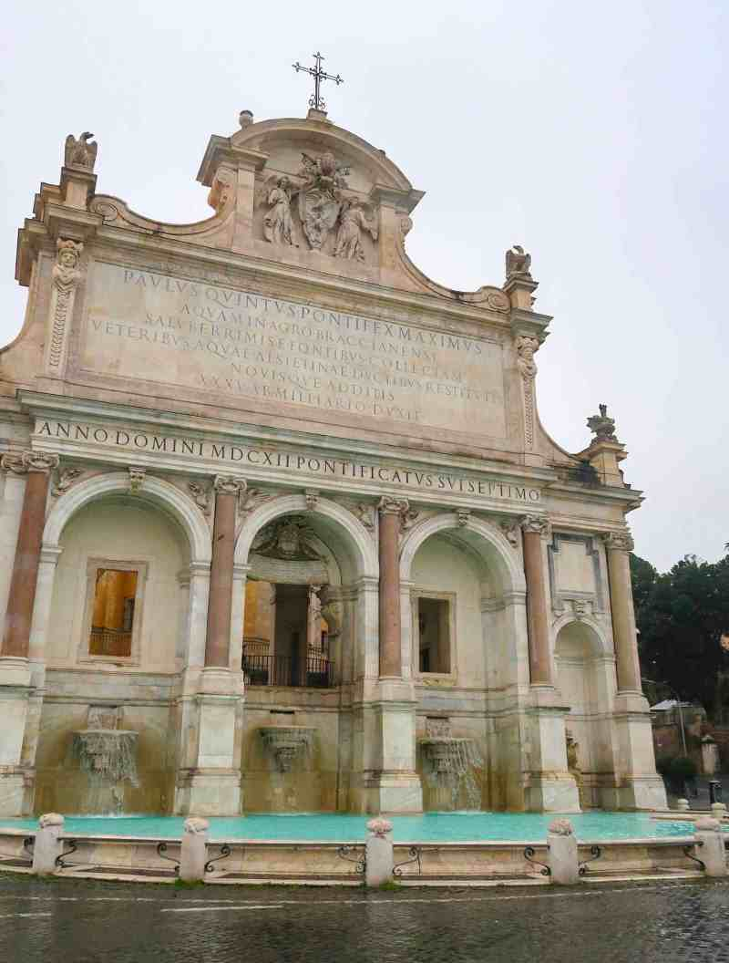 What to do in Trastevere, fountain Gianicolo Hill Rome