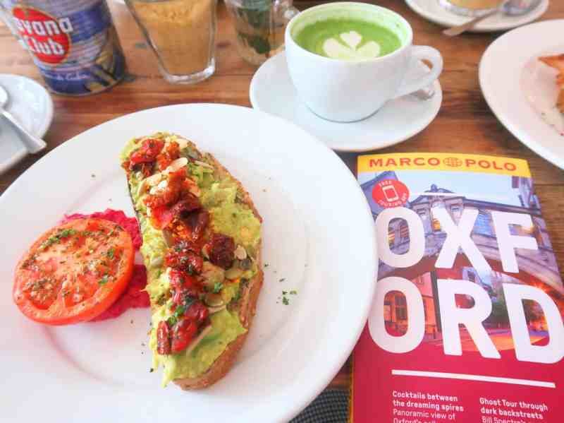 Day Trip to Oxford from London, handle bar cafe