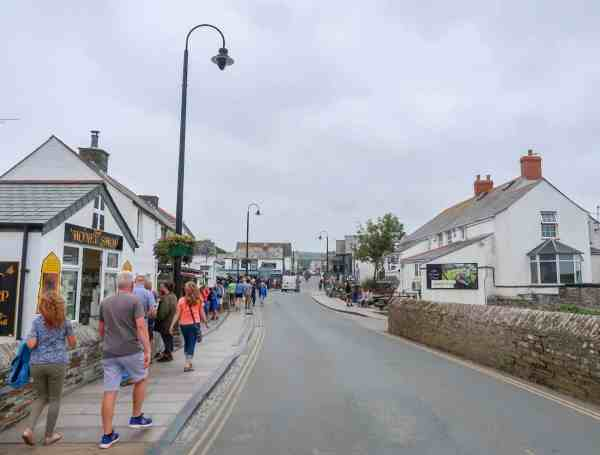 things to do near Padstow Cornwall Tintagel