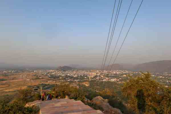things to do in Pushkar savitri temple