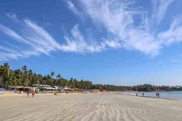Palolem Beach with Blue Sky | Palolem Beach Guide