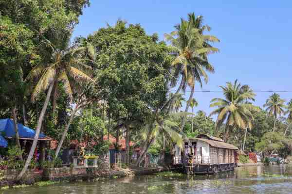 Kerala Backwaters from Alleppey Houseboat