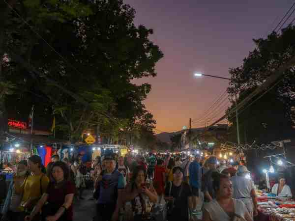 best things to do in Chiang Mai, sunday night market