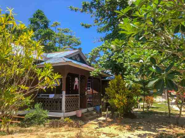 best accommodation on perhentian islands fatimah chalet coral beach