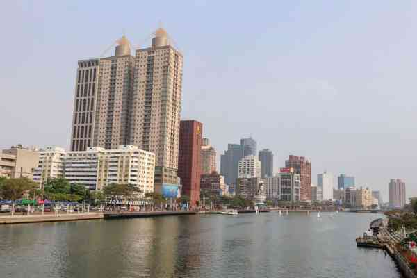 things to do in Kaohsiung Taiwan Love River