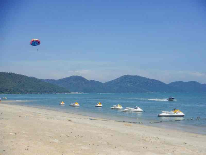 things to do in Georgetown Malaysia, Georgetown Penang beach day trip