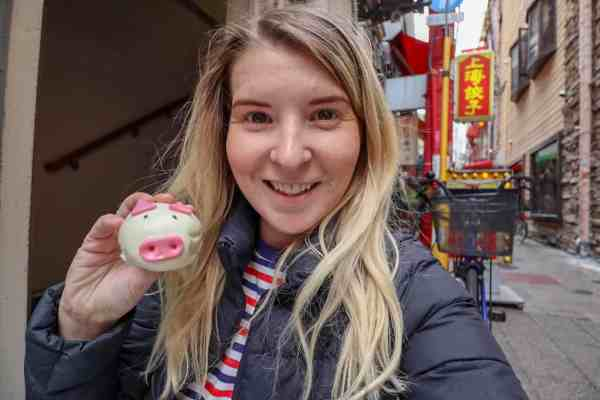 things to do in kobe chinatown street food