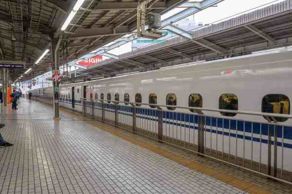 2 week japan itinerary shinkansen train