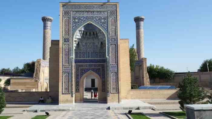 Uzbekistan architecture | best places in central asia to visit in july and august