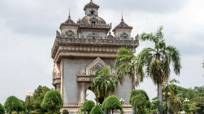 Vientiane temple weather | best places to travel in Asia in July and August