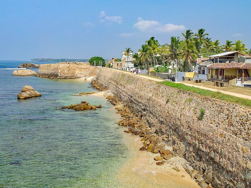 places to visit in Sri Lanka on first trip, Galle City Wall and Ocean