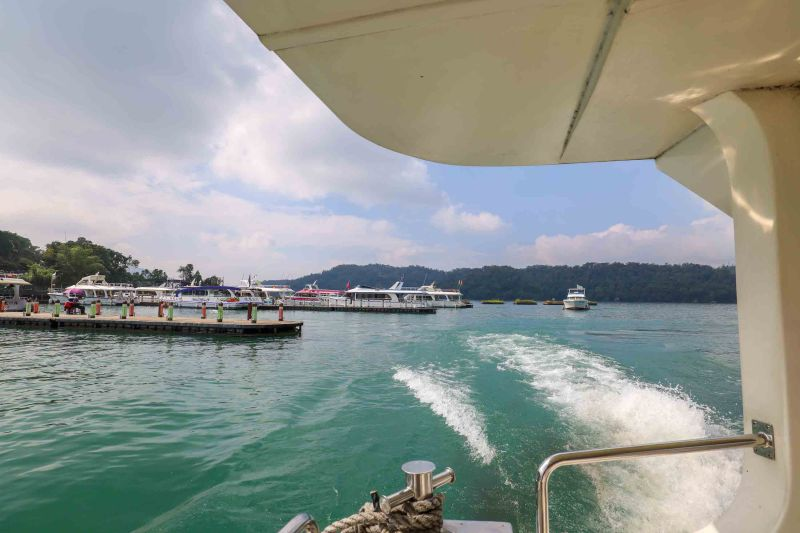 Boat tour on sun moon lake day trip from Taichung