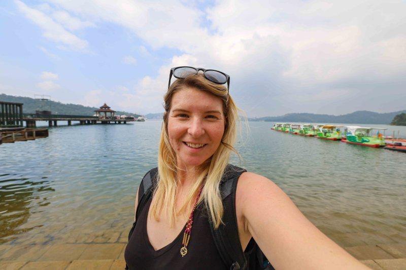 ellie quinn at sun moon lake day trip from Taichung