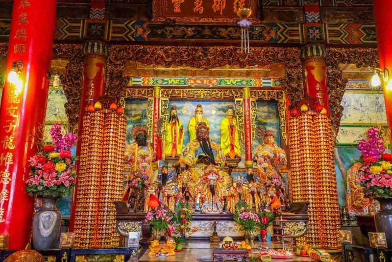 Lotus Pond Kaohsiung, Cih Ji Temple God Lotus Pond Kaohsiung how to visit