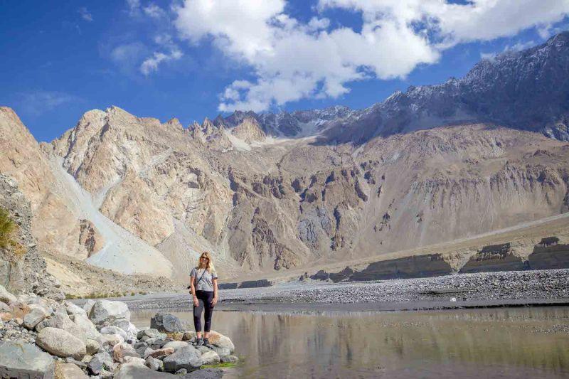 ellie quinn and Passu Mountains | Pakistan travel tips
