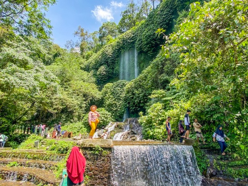 Benang Stokel & Benang Kelambu Waterfalls | things to do in Senggigi