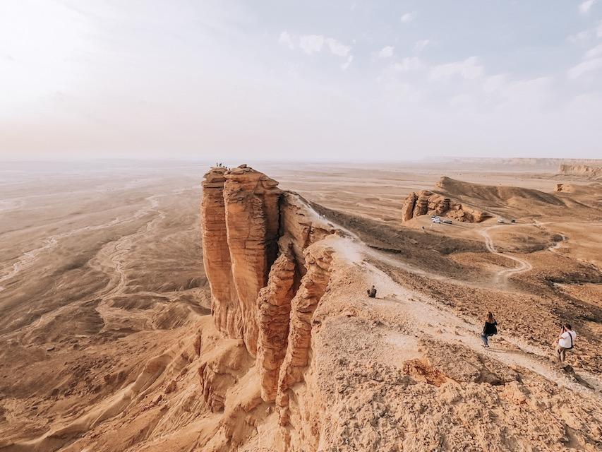 Edge of the World Riyadh Tour, Shawarma Mountain