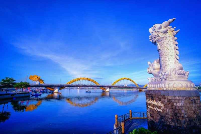 Things to do in Da Nang, Dragon Bridge