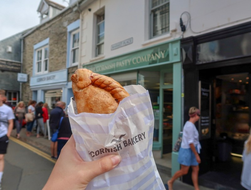 Things to do in Padstow Cornwall, Cornish Pasty