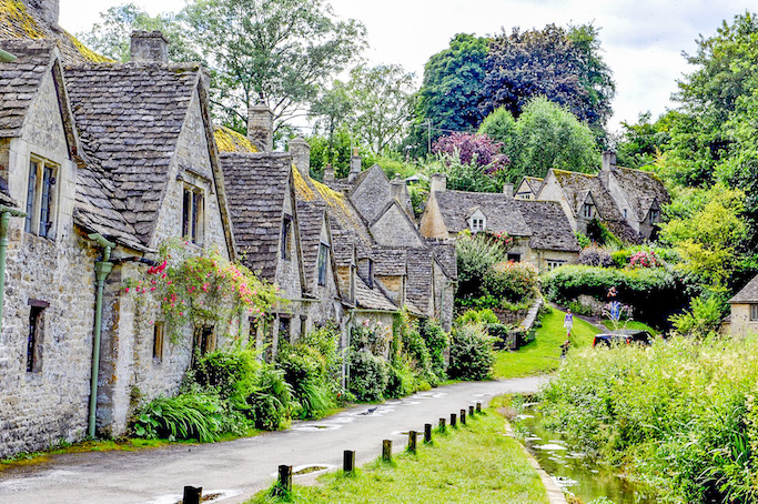 day trip from Cardiff, cotswolds