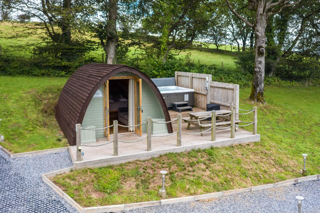 Pods at Broadway outside, glamping pod with hot tub wales