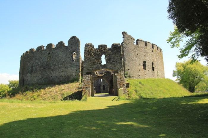 hidden gems in Cornwall, Restormel Castle