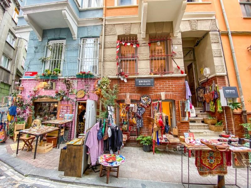 Balat Istanbul, vintage shopping in Balat