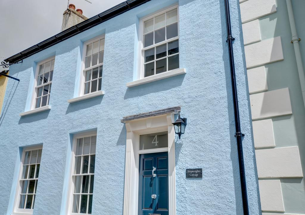 Shipwrights Cottage Tenby Blue Exterior