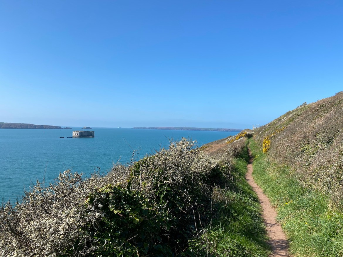 Pembrokeshire Coastal Path and Stack Rock Fort