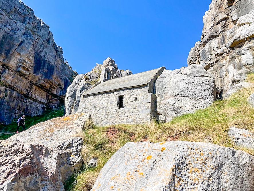 South Wales itinerary, St Govan's Chapel Pembrokeshire
