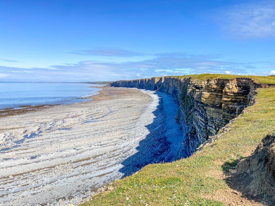 3 Day Wales itinerary, Nash Point Glamorgan Coast