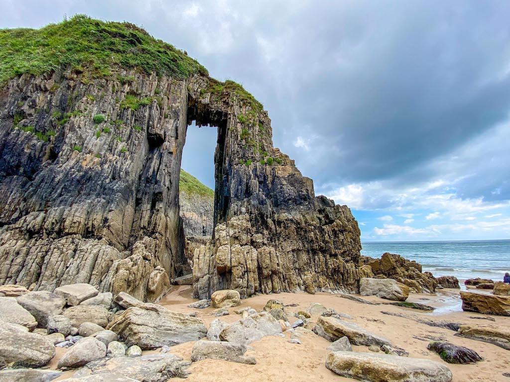 1 week Wales itinerary, Church Door Cove Pembrokeshire