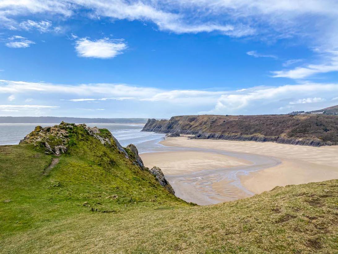 3 Day Wales itinerary, Three Cliffs Bay Beach