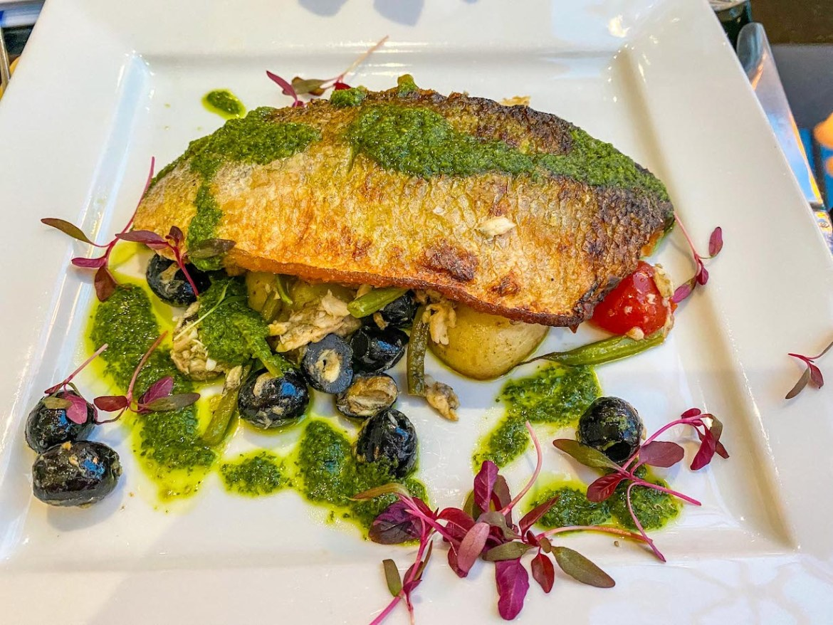 Things to do on Guernsey, Fresh Fish in Restaurant