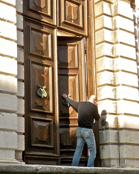 Stately doors, Ca' Rezonnico