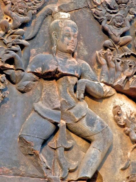 Banteay Figures 9