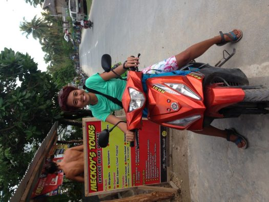 Driving a motorbike in Siargao
