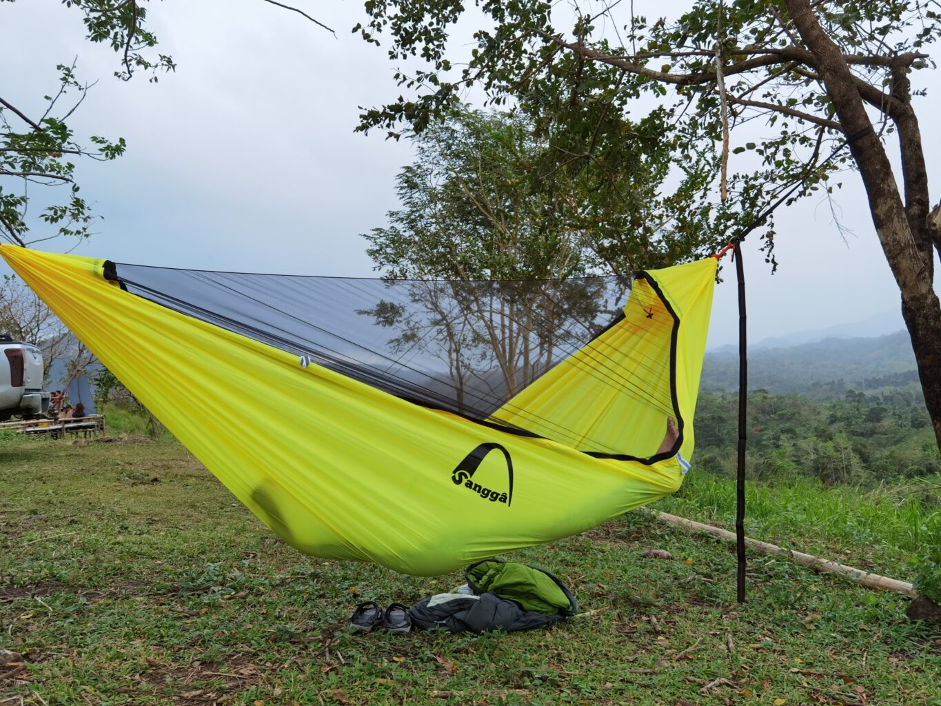 You can barely notice the bugnet in Sangga Outdoors' Ora 11