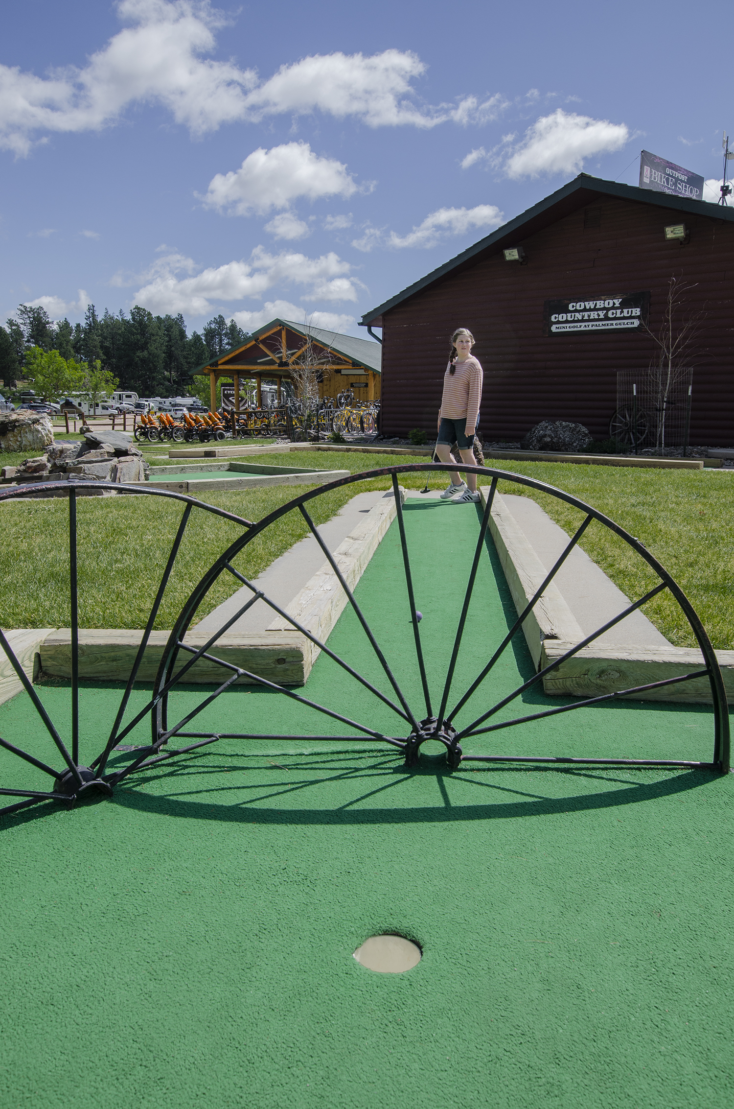 MountRushmoreKOA mini golf