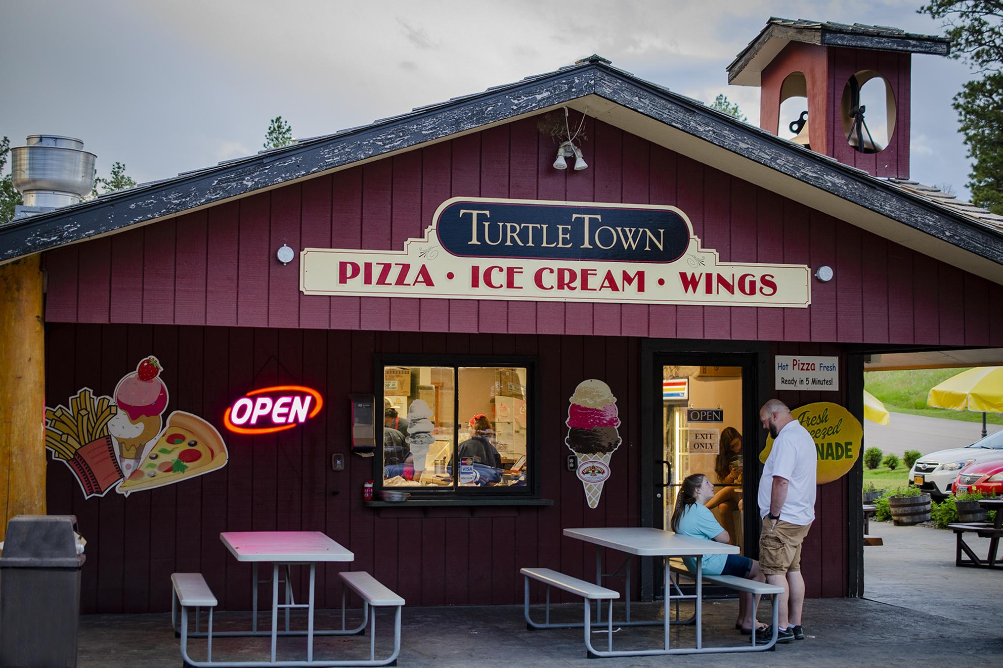 Mount Rushmore KOA Turtle Town Restaurant