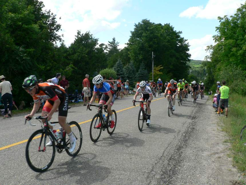 NCCH, CNW and Real Deal Gears led the chase through the feed zone.