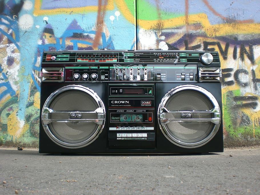 analogue-antique-boombox-cassette-recorder