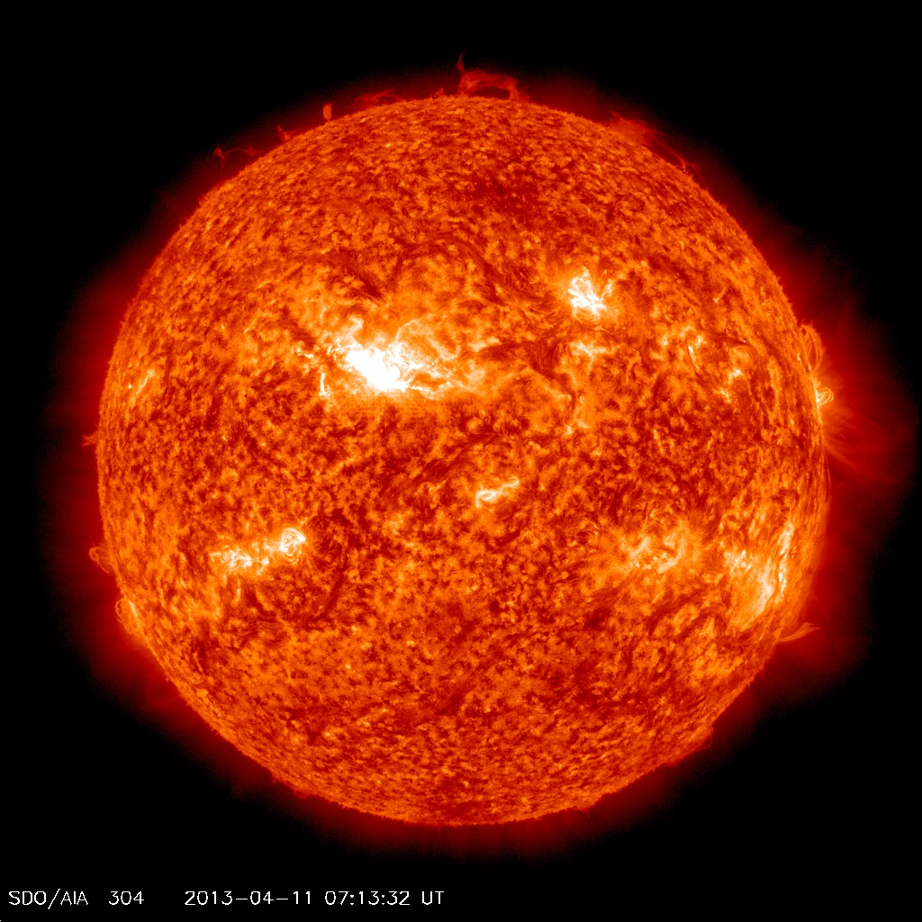 SDO AIA 304 - 11 de abril de 2013 - 07:13 GMT